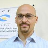 Dr. Federico Buján