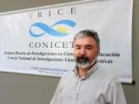 Dr. Adrián Ascolani